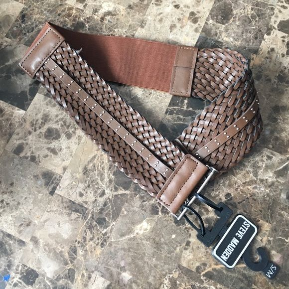 Steve Madden Belt NWT brown belt. Size small/medium. The middle of the belt is elastic so good stretch Steve Madden Accessories Belts