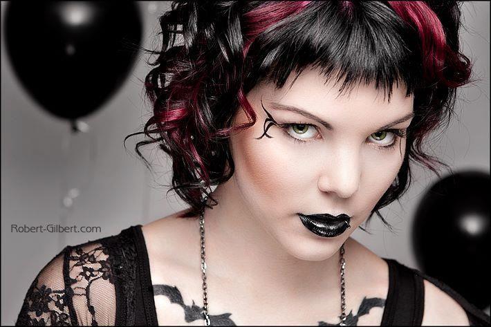 Pin By Maria Maskowsky On Hair And Beauty Goth Hair Hair Inspiration Hair Beauty