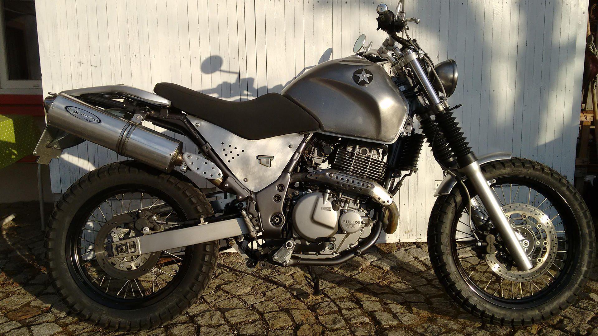 Honda Motorräder VTX 1800 Tests & Fahrberichte, aktuelle