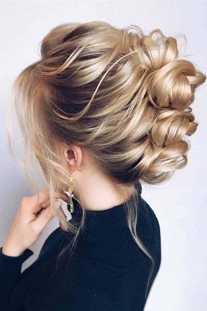 Blonde Buns For Your Medium Length Hair updo mediumhair ...