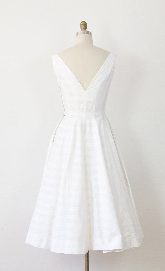White Cotton Wedding Dress Bow 1960s Full Skirt