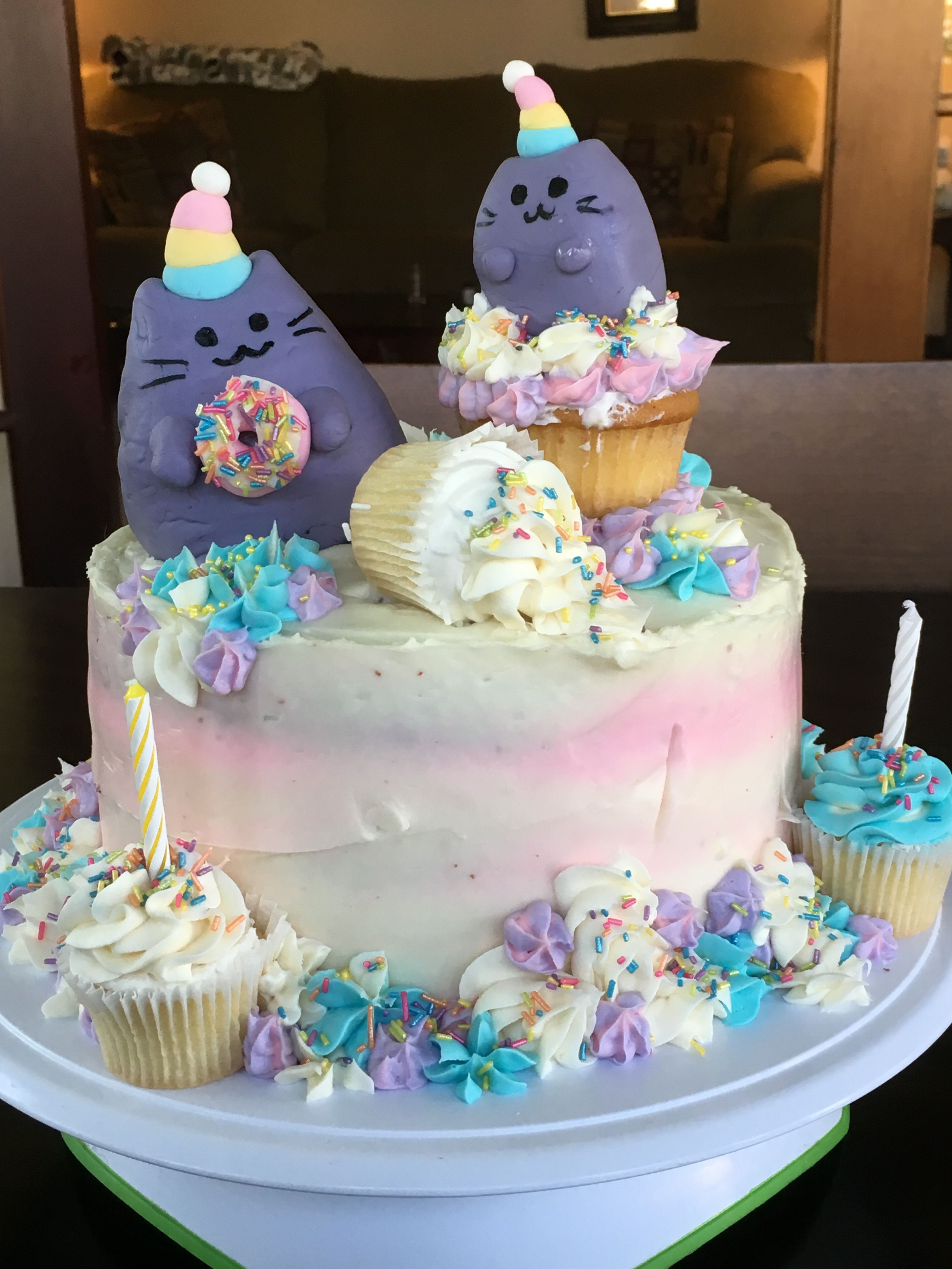 Pusheen rainbow cat cake (With images) Cake, Pusheen