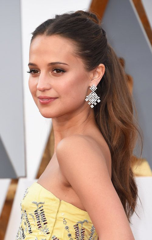 Oscars 2017: The Best Beauty Looks | Alicia vikander, Red ...