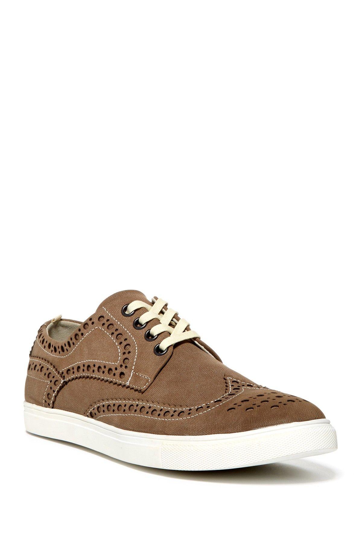 Stand Up Guy Wingtip Sneaker//
