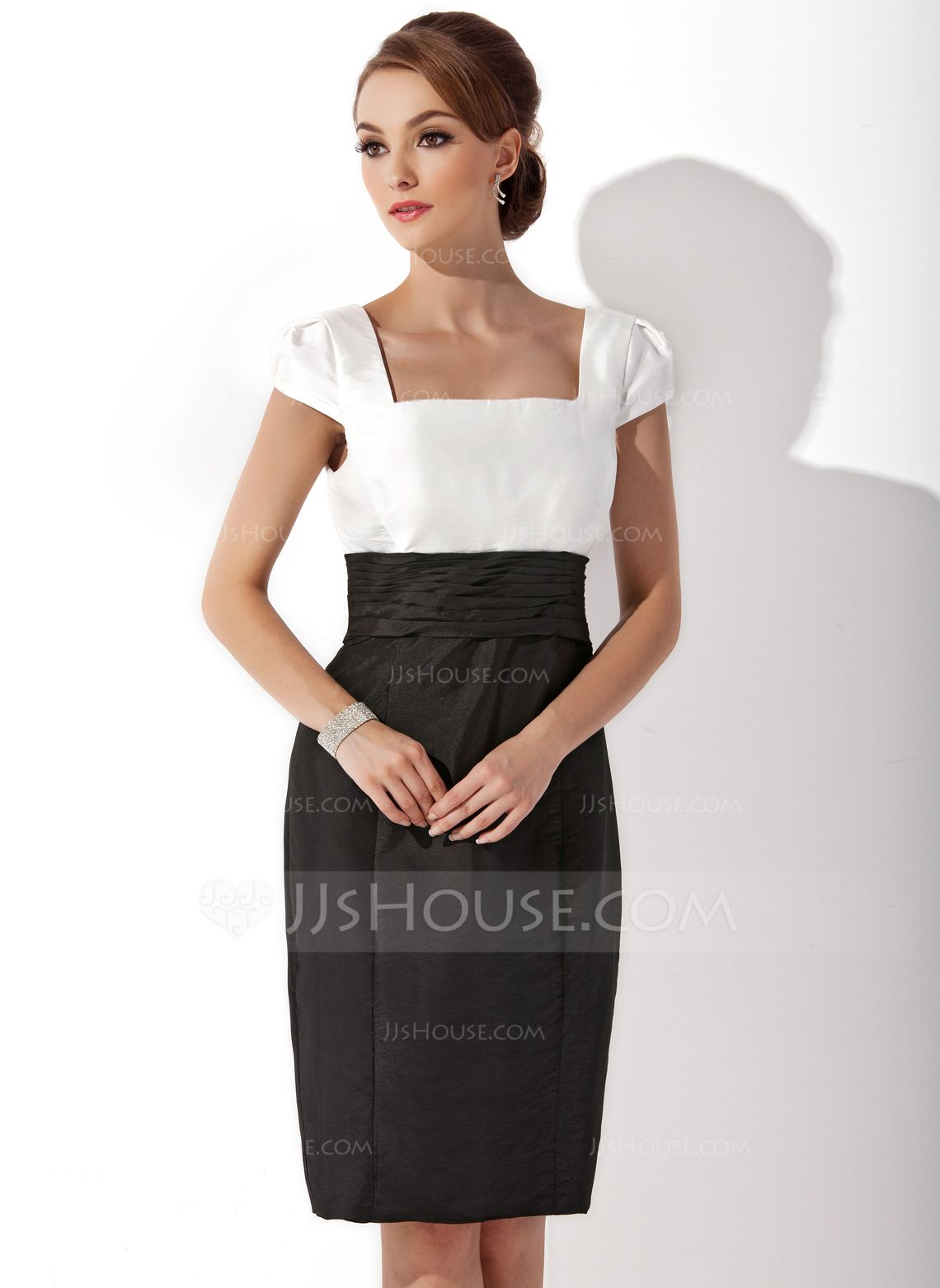 Sheathcolumn square neckline kneelength ruffle zipper up sleeves