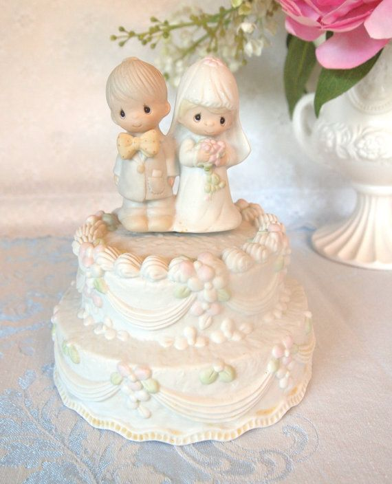 27 Magical Disney Wedding Cake Toppers Inspired By Dis Mickey Mouse Wedding Precious Moments Wedding Disney Cake Toppers
