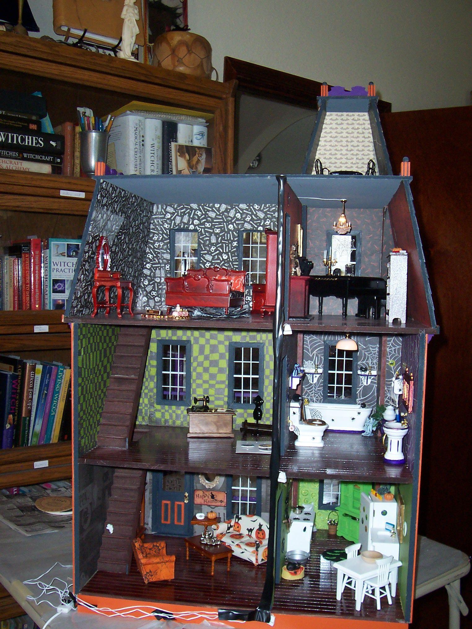 Halloween Dollhouse inside | My Crafts | Halloween doll, Diy