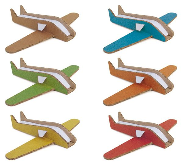 "Little Frenchy | Pirouette Cacahouete ""Mes Avions"" – assemble and customize each plane. #kidsinstyle #lmnop"