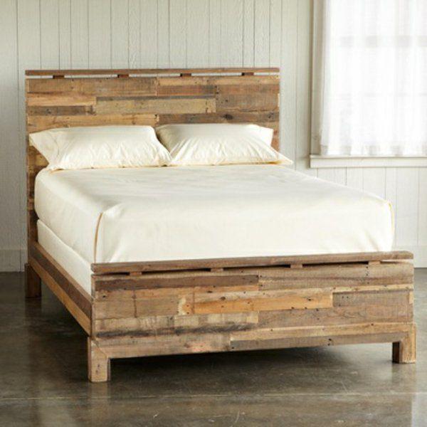 Übernehmen Sie Die Idee Von Einem DIY Bett Aus Paletten. Die Vorteile Des  Projektes Sind Viele. Es Wird Nicht Viel Kosten Und Sie Können Es Nach  Ihrem .