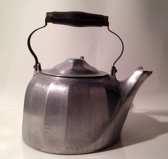 Farmhouse Kitchen And Wares Staunton: Wagner Ware Sidney O. Colonial Tea Kettle 1902