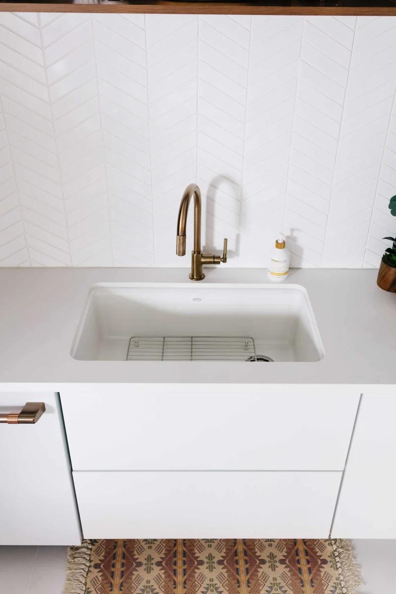cast iron kitchen sinks single basin