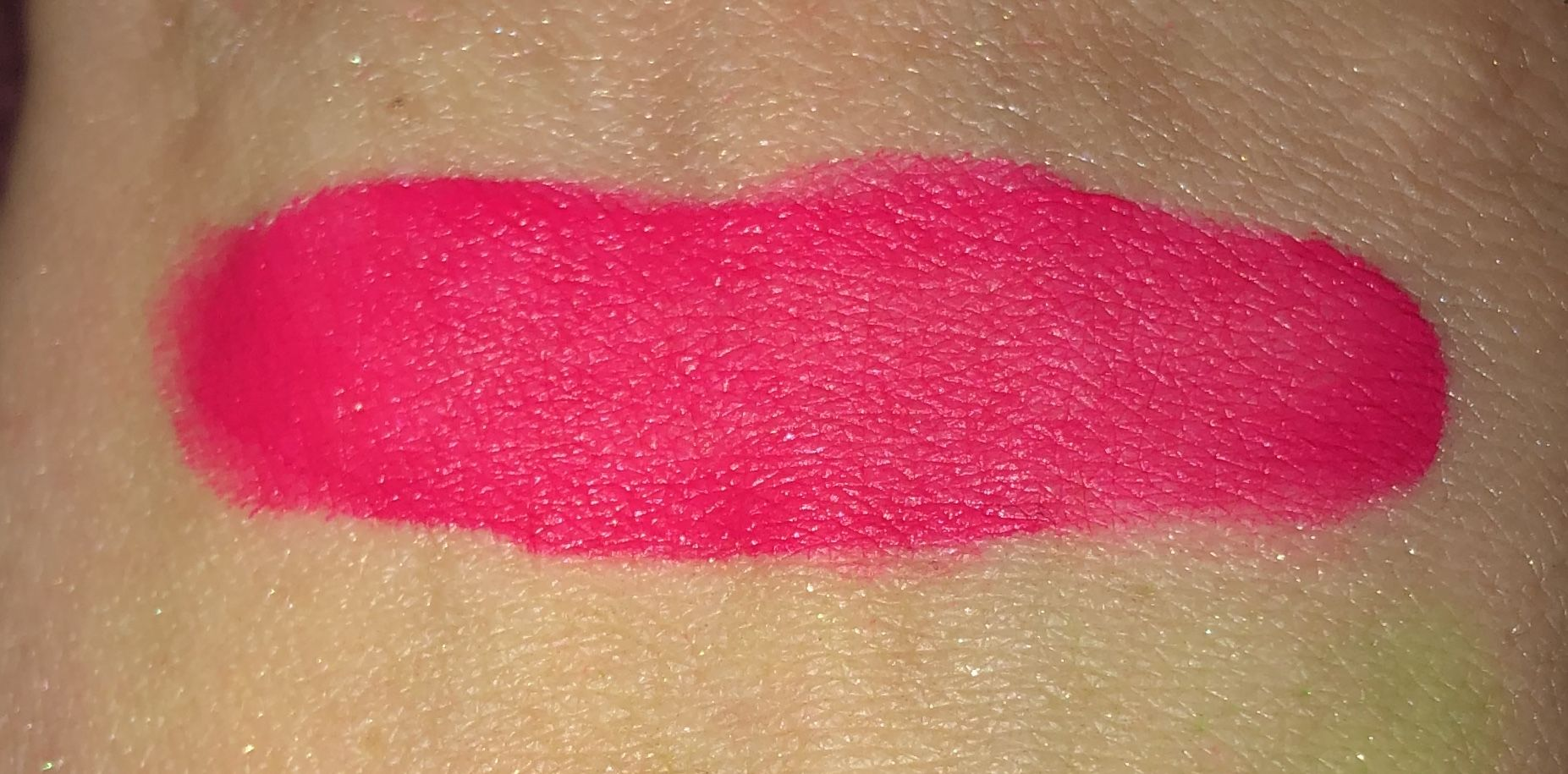 Neon Pink Gel Eyeliner from Dirtyy South Cosmetics #jojobaoil