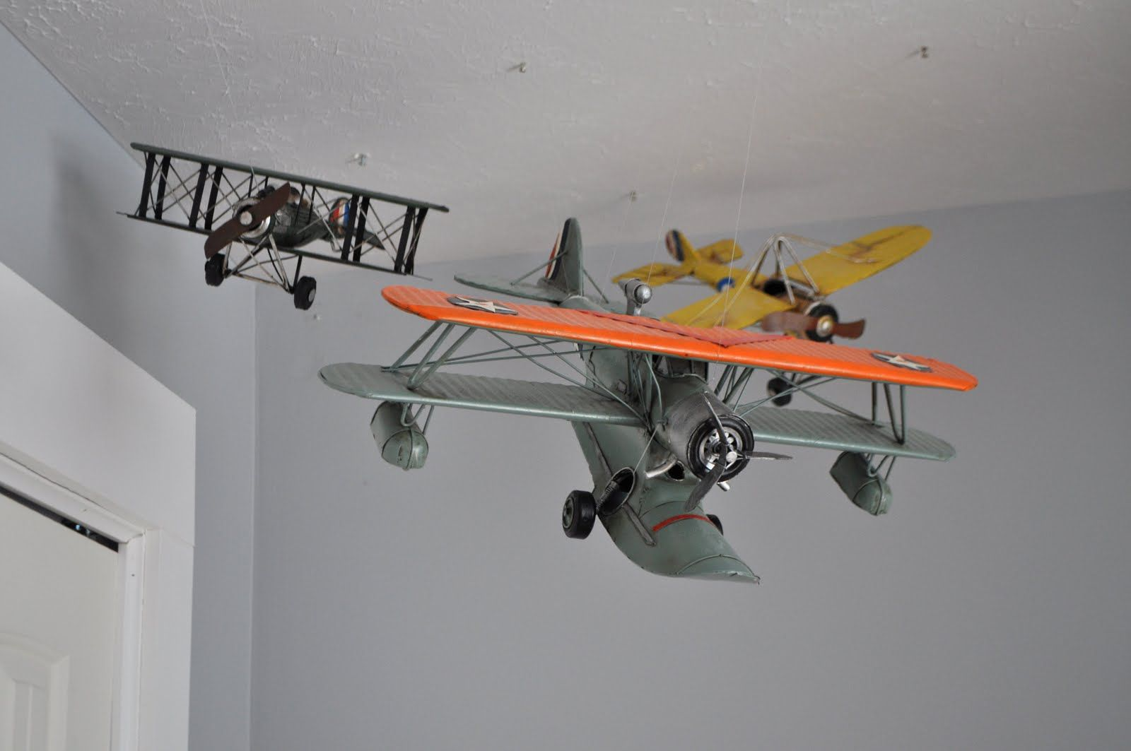 Hang An Airplane From The Roof In A Boys Room For Vintage Feel
