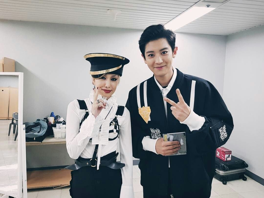 Chanyeol IG up date @real__pcy