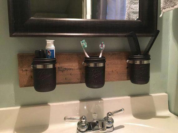 Photo of Farmhouse Mason Jar Organizer – Organizer per bagno rustico Mason Jar – Supporto per accessori da bagno Mason Jar