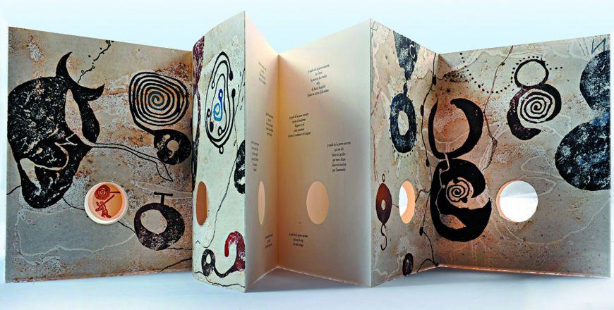Exposition Livres D Artistes Jusqu Au 21 Septembre 2013 Livre D Artiste Artiste Contemporain Artiste