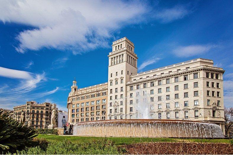 Mezzanine Paseo De Gracia Vacation Apartment In Plaza Catalunya City Center Barcelona Sweet Inn City Center