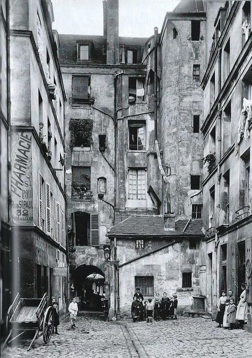 Marais  Paris 1900s  Séeberger
