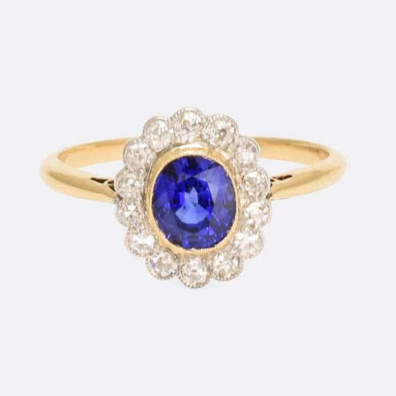 Antique Edwardian Sapphire & Diamond Daisy Ring in 18k Gold and Platinum, Circa 1910 #edwardianperiod