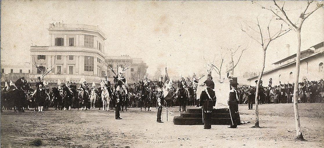 Consegna della bandiera di guerra alla legione allievi for Bandiera di guerra italiana