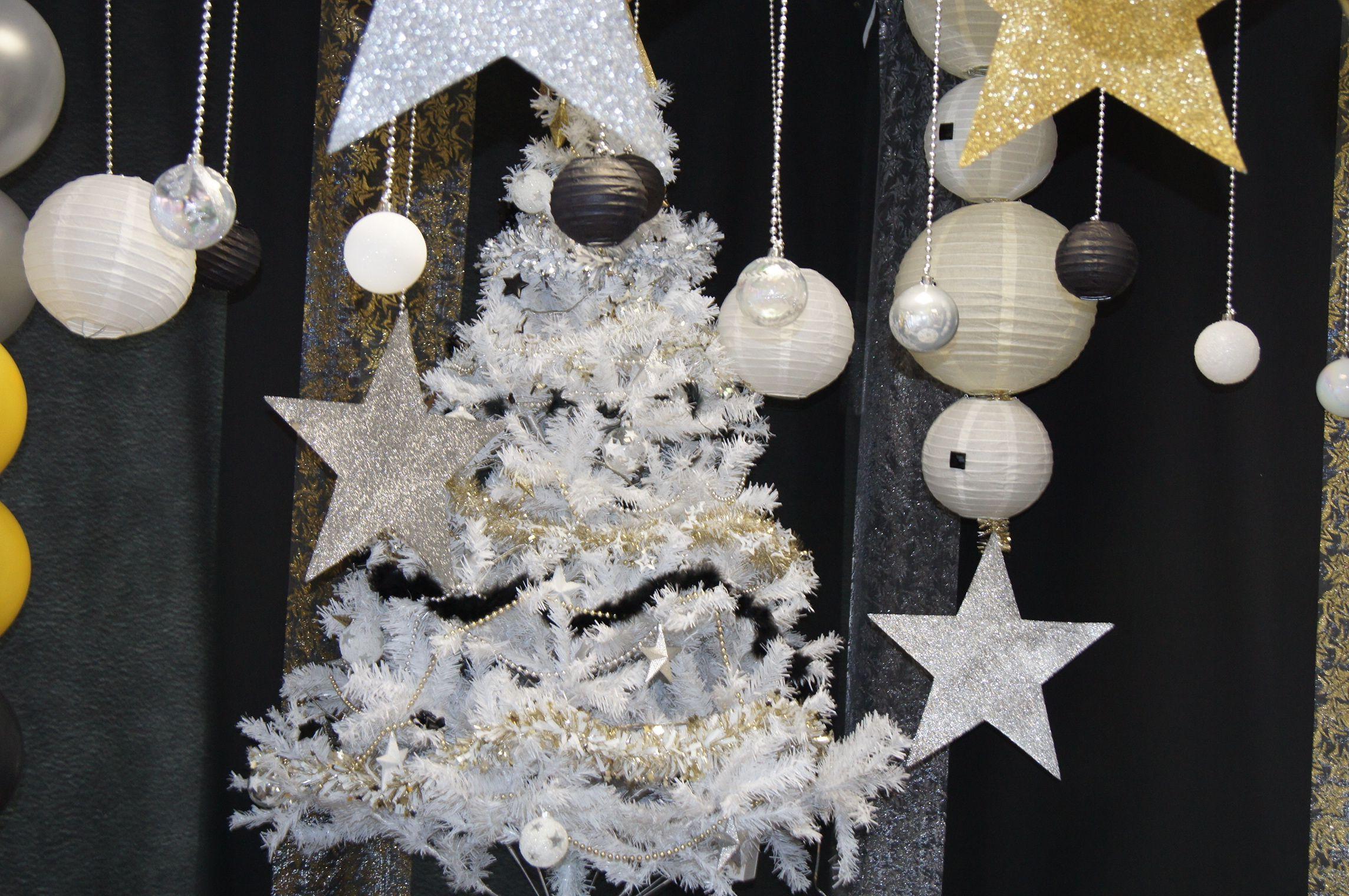 Décoration De Table Noël Noir Blanc Doré Wwwle