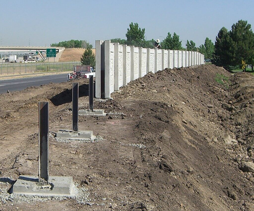 Aftec concrete fence forming systems designs and manufactures precast concrete fencing systems - Precast concrete fences ...