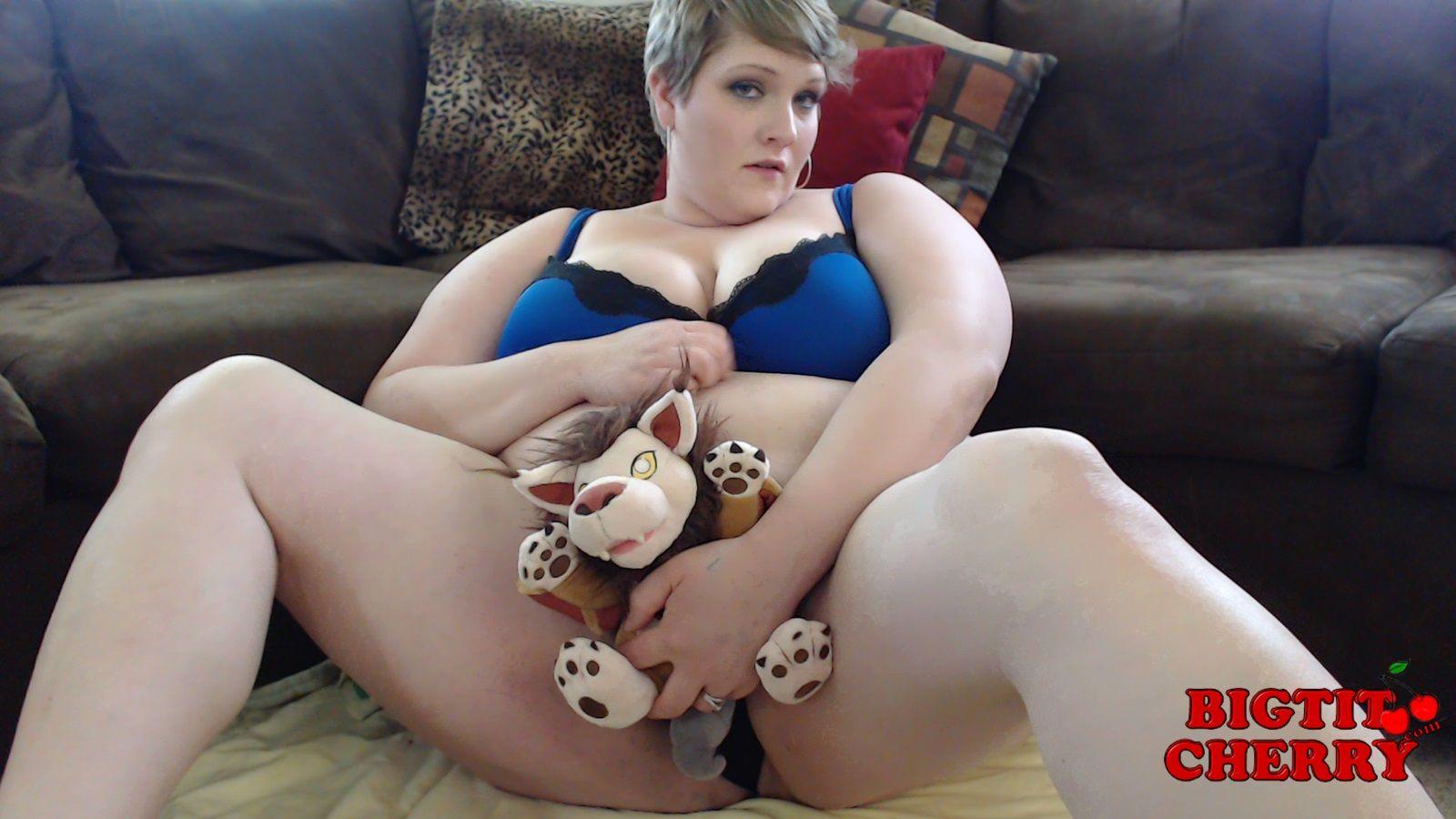 BBW Chubby play