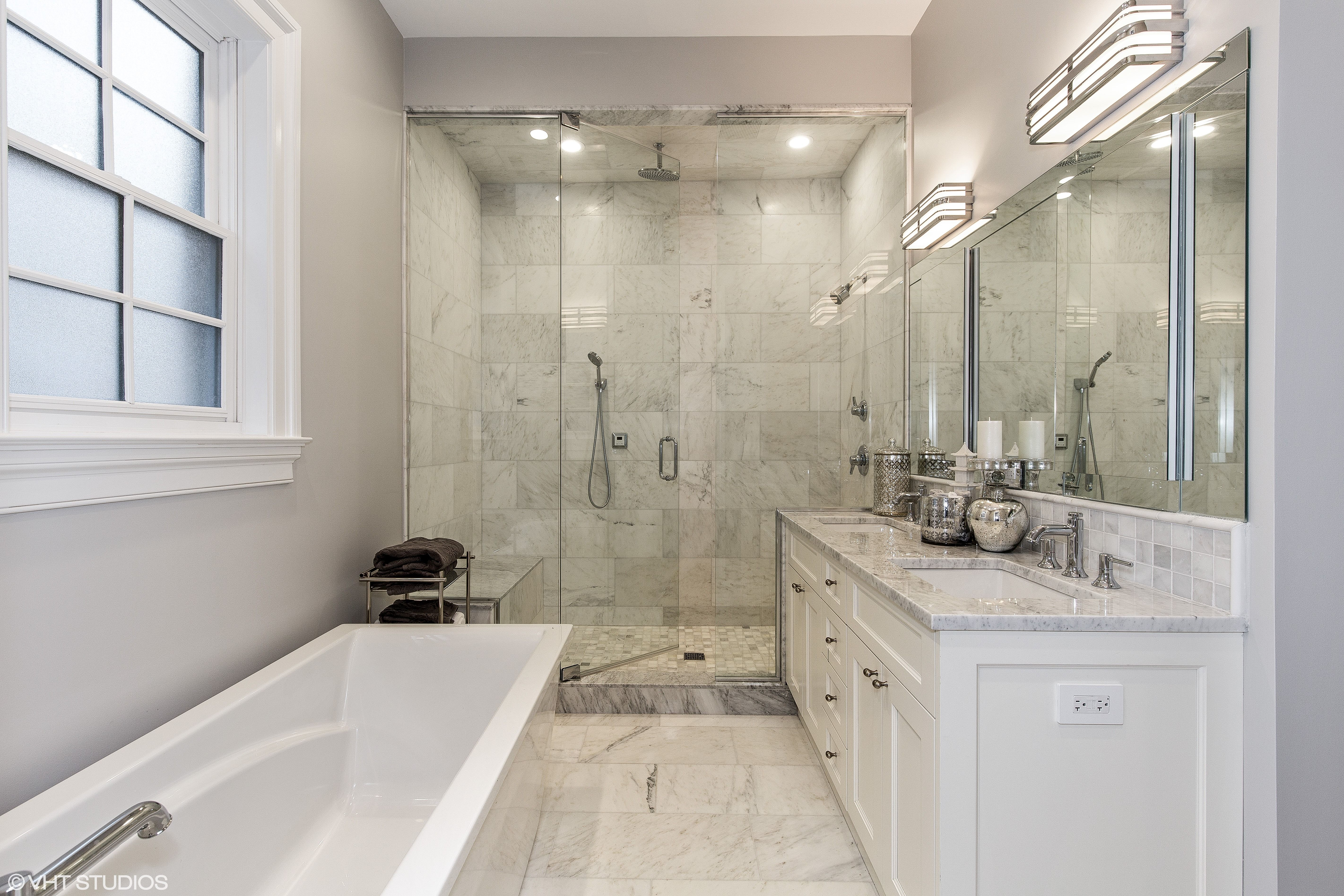 Master Bath Soaking Tub Double Vanity Separate Double Shower Heated Floors Chicago Master Bathroom Layout Small Master Bathroom Small Bathroom Remodel