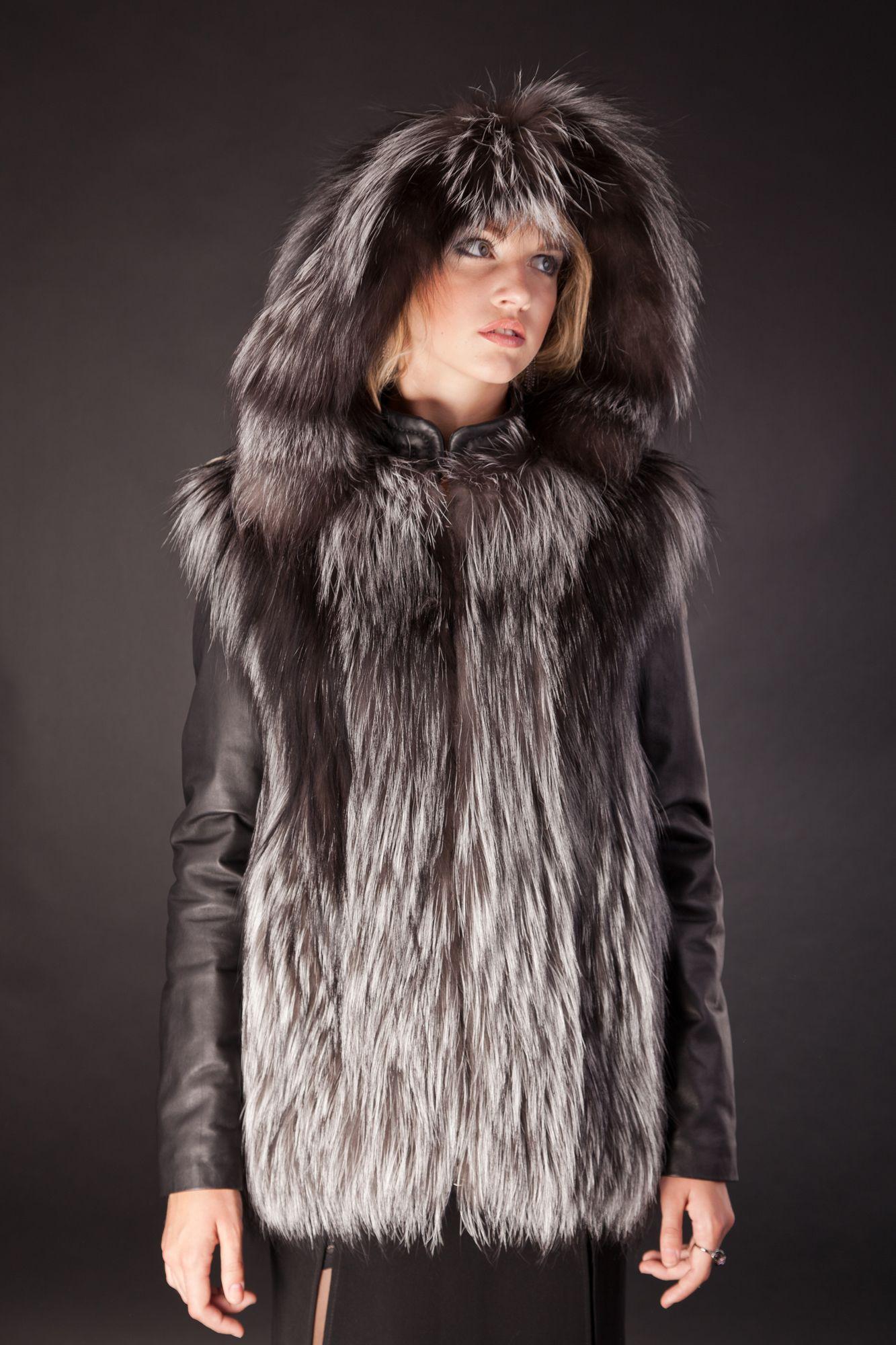 Куртка-жилет жилетка из чернобурки,съемный капюшон, цена - 10 450 грн, Днепропетровск, 1 фев 2014 17:50, б.у., объявление, продам, куплю.