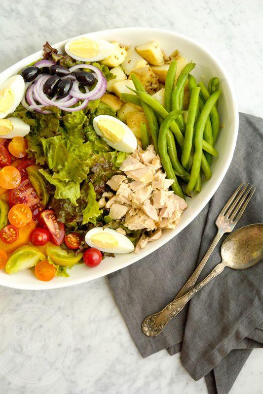 Salade Niçoise (vegetarian/pescatarian) via @eyecandypopper
