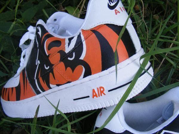 EXCLUSIVE WORLD, create and buy custom sneaker, custom kicks, custom trainers, custom shoe: Concinnati Bengals Custom Sneakers