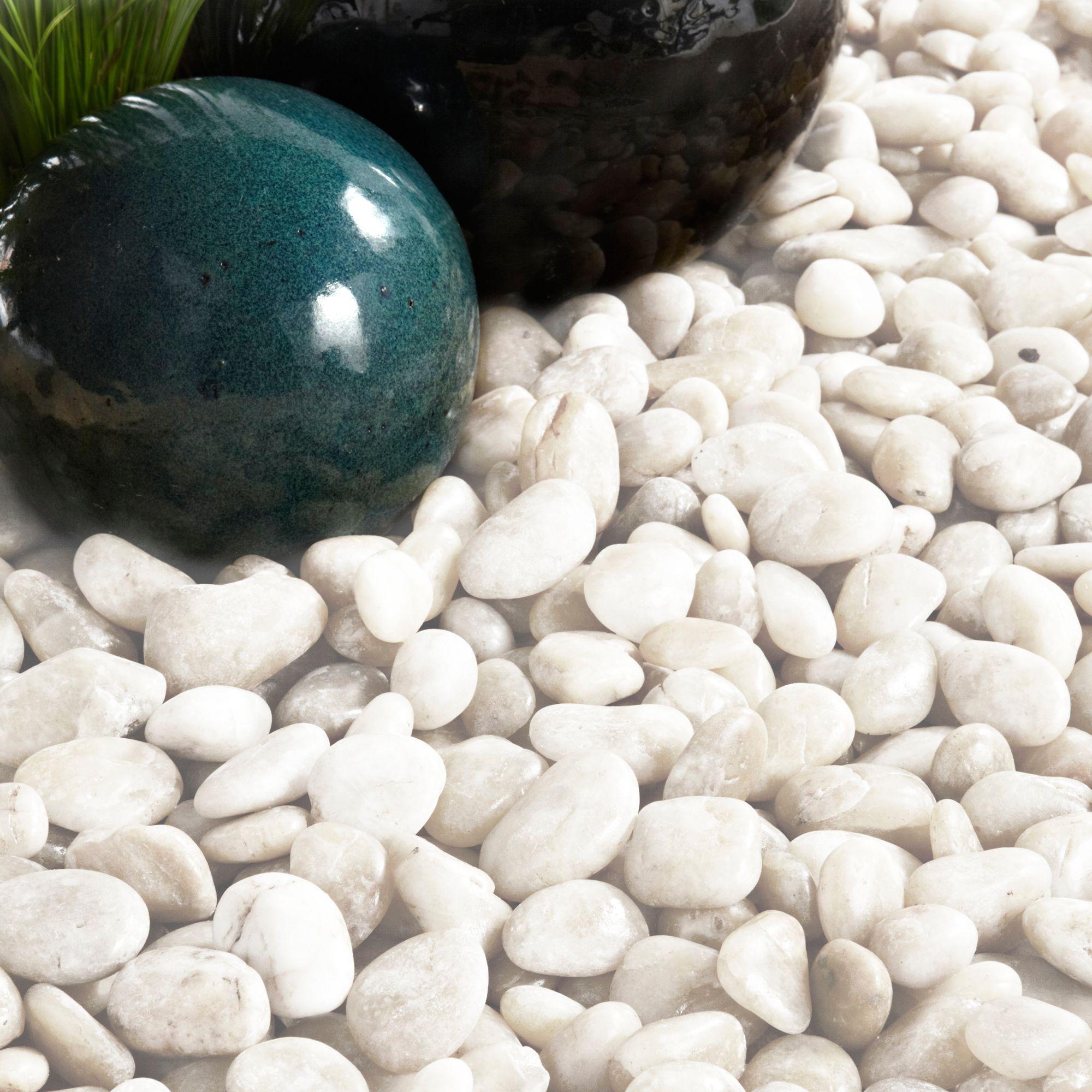 White apron homebase - Polished Chinese White Pebbles 5 Kg