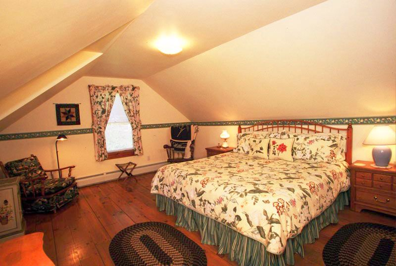 New England Guest Room At The Jefferson Inn Jefferson Nh Home Decor Home Room