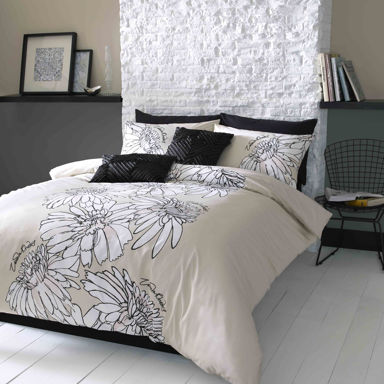 Bedroom Athletics Keira Bedroom Furniture Ideas 2016 Teal Blue Bedroom Ideas Bedroom Ceiling Light Fixtures Ideas: Zandra Rhodes Keira Linen Bedding Set A