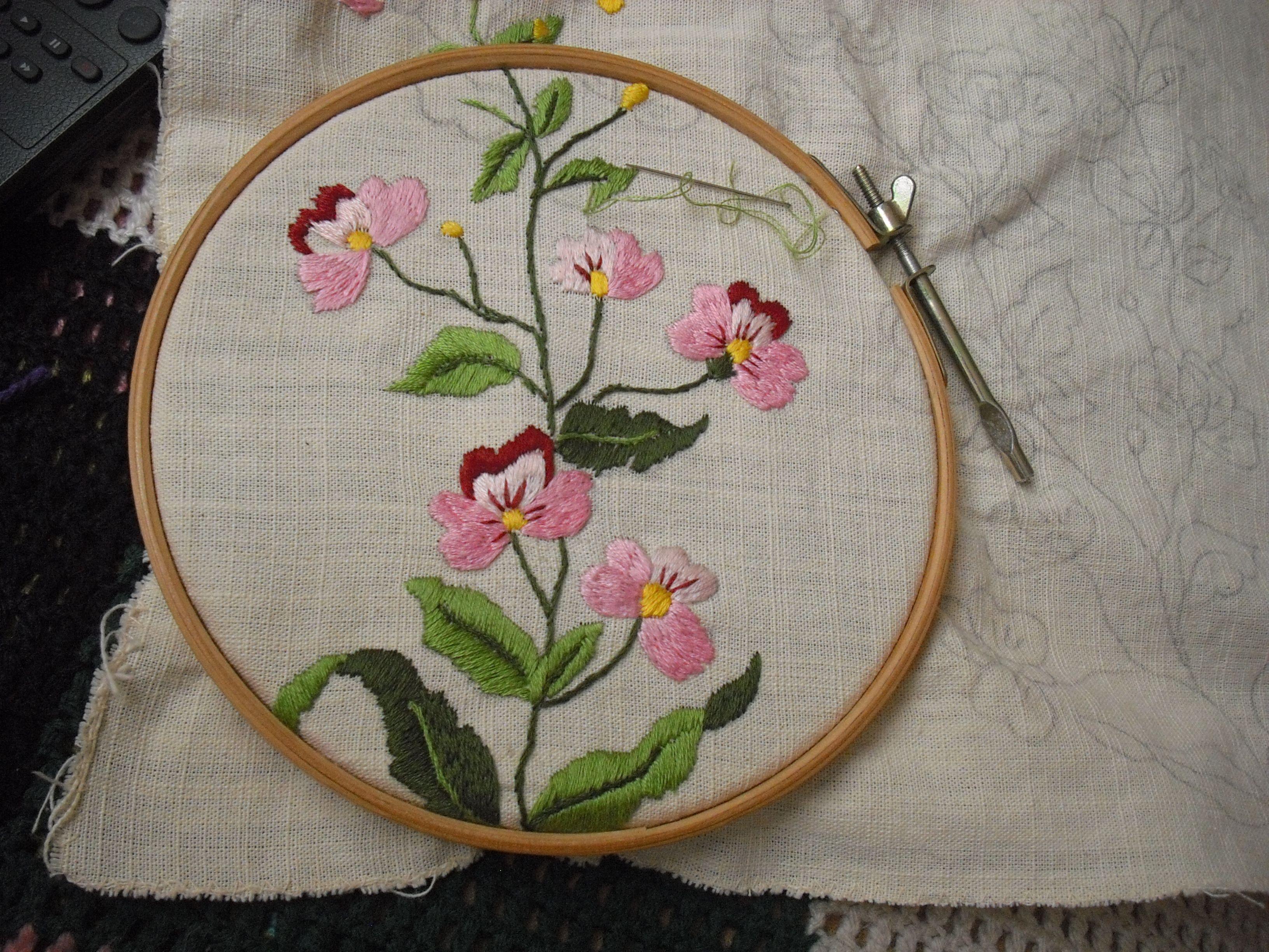 Brazilian embroidery bedspread designs - Bordado Livre Meus Bordados Livres Feito M O Embroidery Pinterest