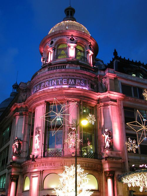 Christmas in Printemps, Paris