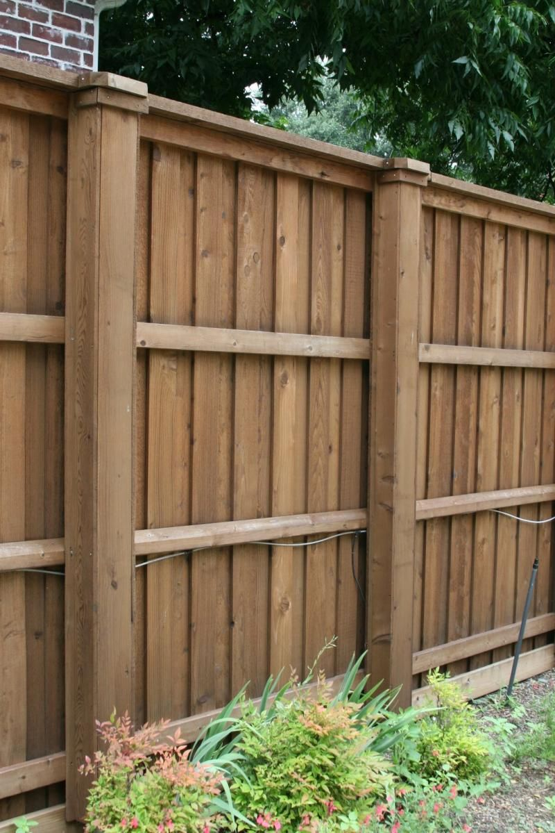 wooden fence designs wood and attention to detail. Black Bedroom Furniture Sets. Home Design Ideas