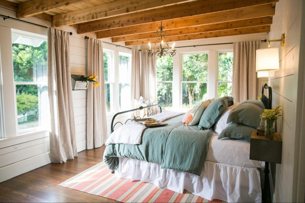 Fixer Upper Season 3 Episode 11 The Beanstalk Bungalow Small Master Bedroom Home Bedroom Design