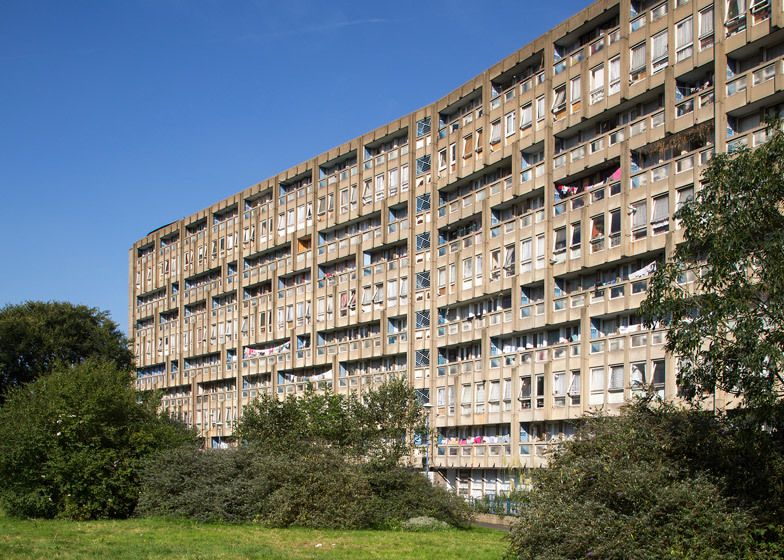 Gallery - Robin Hood Gardens, Once Again, Looks Set to be Demolished - 1