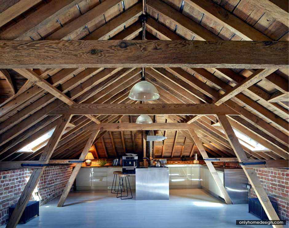 Kitchen In The Attic - http://www.onlyhomedesign.com/apartments/kitchen-in-the-attic.html