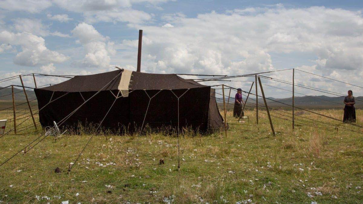 Tibetan Black Tents | Tibet - Black Sky Tent (5) & Tibetan Black Tents | Tibet - Black Sky Tent (5) | Nomads ...