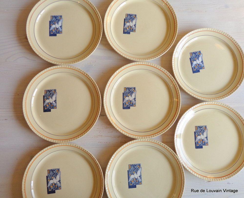 set of eight art deco plates boch frères 'colombe' vintage  - art deco dinnerware boch belgium dinner plates set of  art deco bochplates