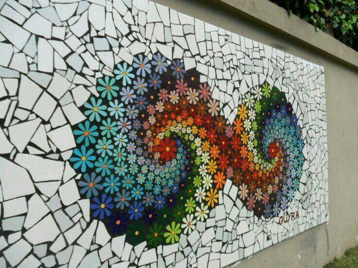 Pin de susan sumpter en concrete art pinterest for Mosaicos para patios precios