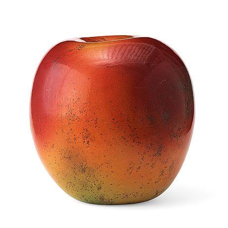 """HANS HEDBERG Skulptur """"äpple"""", Biot, Frankrike. Starkeldsfajans, glasyr i rött, orange och grönt, signerat HHg. Höjd 46 cm, diameter 40 cm."""