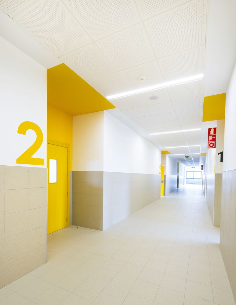 Corridor Design Color: Gallery Of Mariturri School / A54 Arquitectos