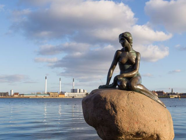 #3A The Little Mermaid, Denmark | www.piclectica.com #piclectica