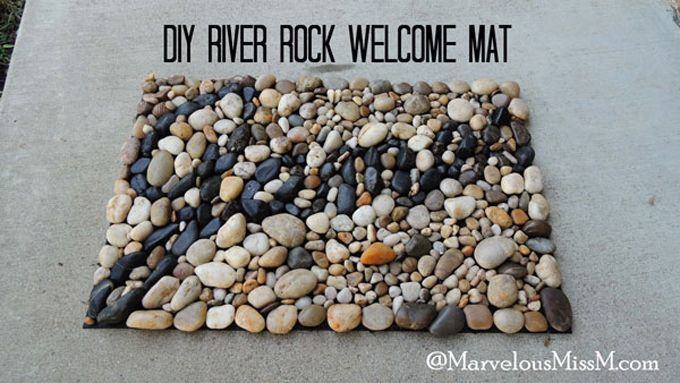 Diy River Rock Welcome Mat Interesting Idea I Ll Put My Spin On It And See What I Can Come Up With Diy River Rock Diy Outdoor Decor Diy