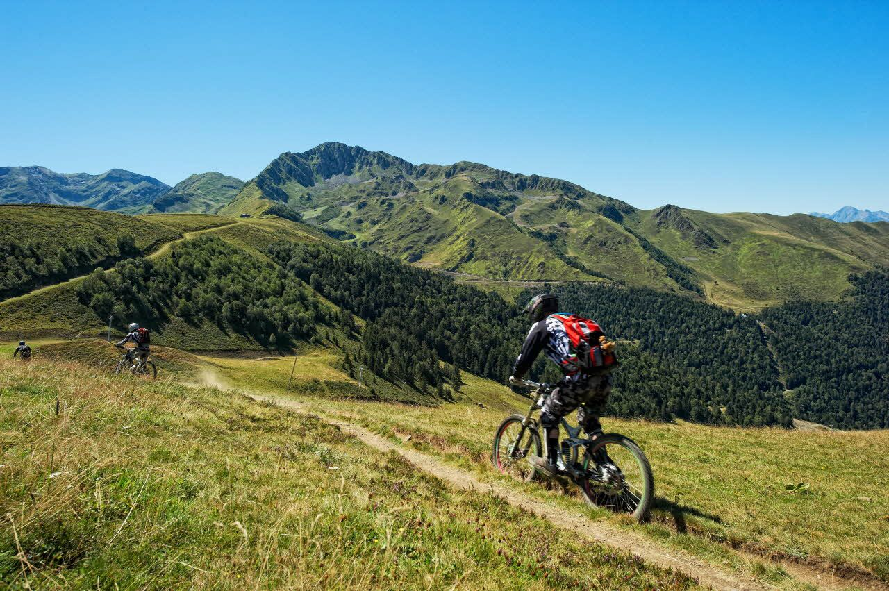 The mountain biking in the mountains surrounding #Luchon in the central French #Pyrenees includes great tracks, exciting singletrack descents and everything in between