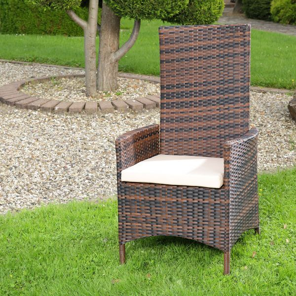 Polyrottinkinen pihatuoli, 169,95€. Viehättävä longue-design. Voidaan yhdistää muihin puutarhakalusteisiin omien mieltymyksiesi mukaan Ilmainen toimitus! #pihatuoli #tuoli #polyrottinki