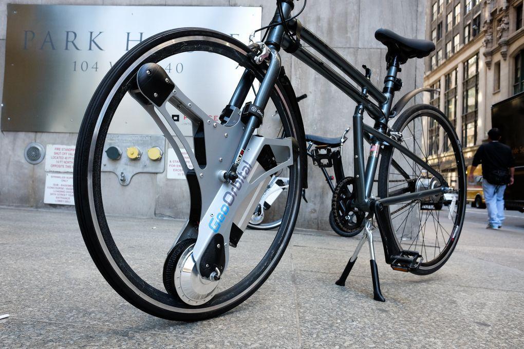 Ideea lor trasnita este de a transforma orice bicicleta intr-una ...
